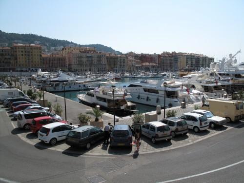 De haven van de mooie stad Nice