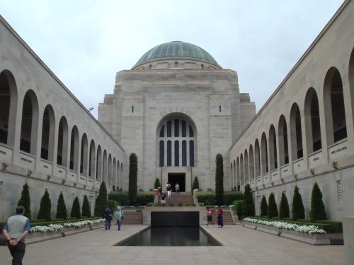 Het war memoriaal gebouw in Canberra, indrukwekkend!