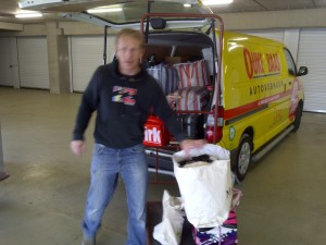 Booba in the move, emptying our storage to take everything to Haarlem!