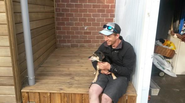 Shane met Boomer op deck