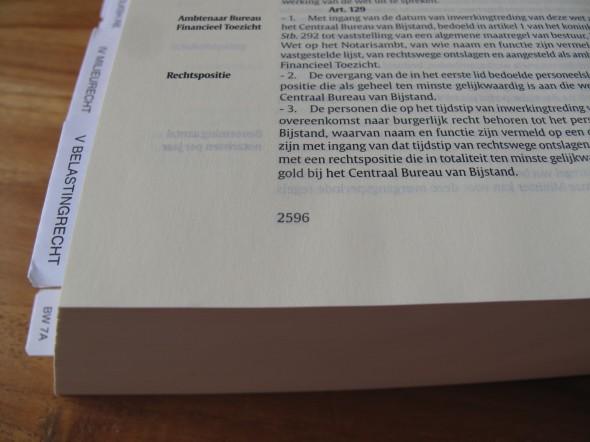 Hij heeft best wel veel bladzijdes! En dat is zonder het enorme register ook nog.