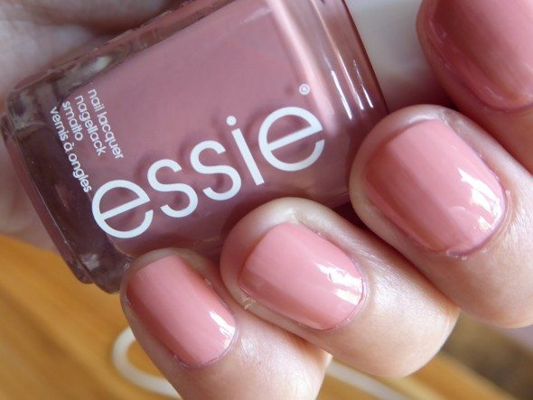 Essie nagellak